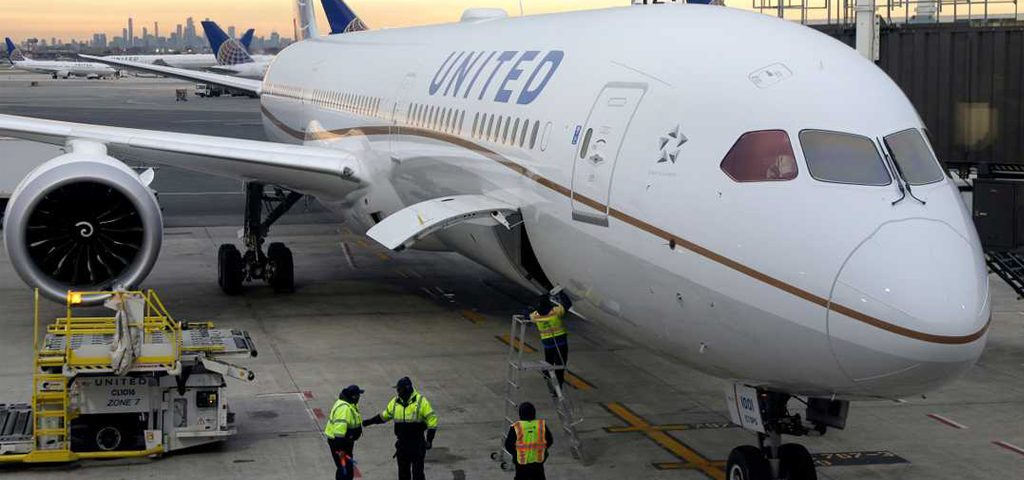 United sued by passenger