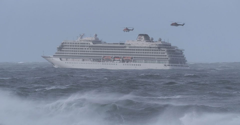 CHC Plays Pivotal Role In Massive Cruise Ship Rescue