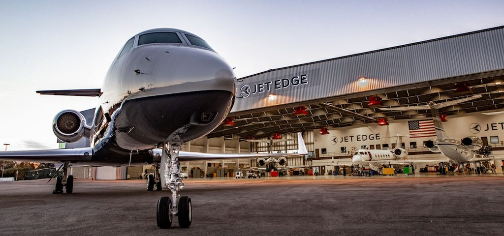 Jet Edge Lays Plans for Giant Step in Aircraft Sales