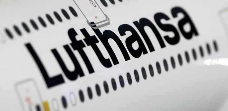 Strategy Lufthansa agrees to mediation talks with cabin-crew union