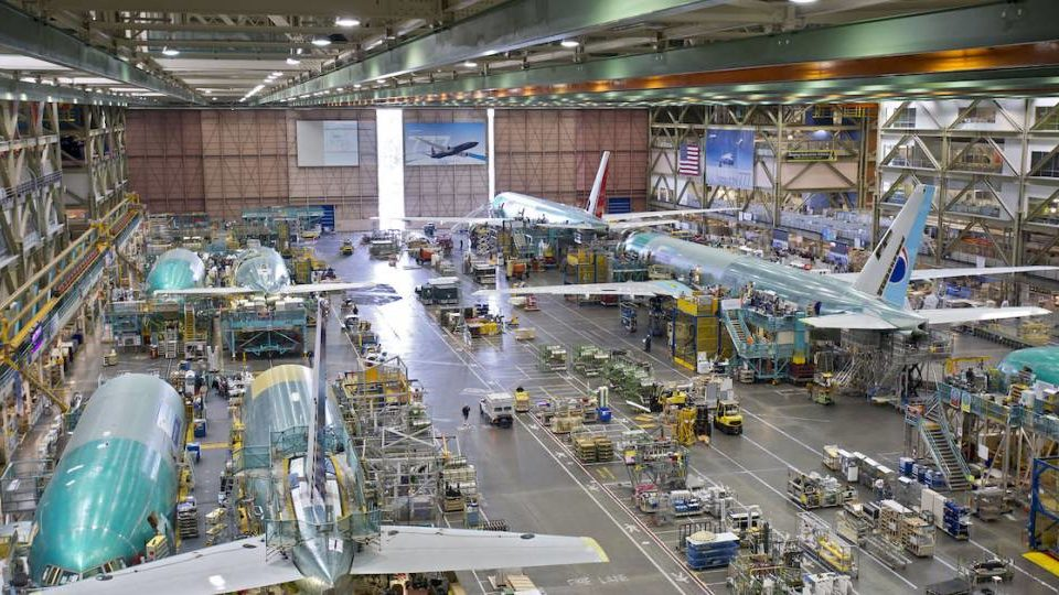 Boeing To Restart Commercial Airplane Production