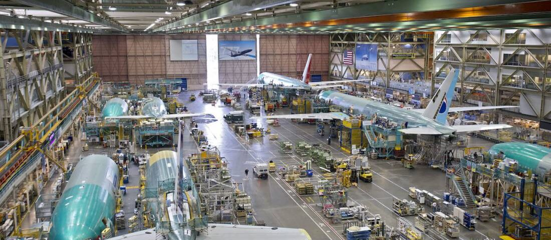 Boeing Sees More Rate Cuts, 747 Production Ending in 2022