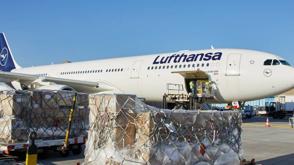 Lufthansa Warns of Low Yields as Capacity Expands but Demand Remains Low