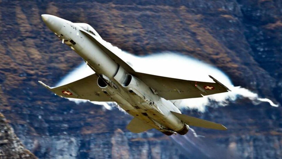 Swiss Fighter Program Clears Referendum Hurdle