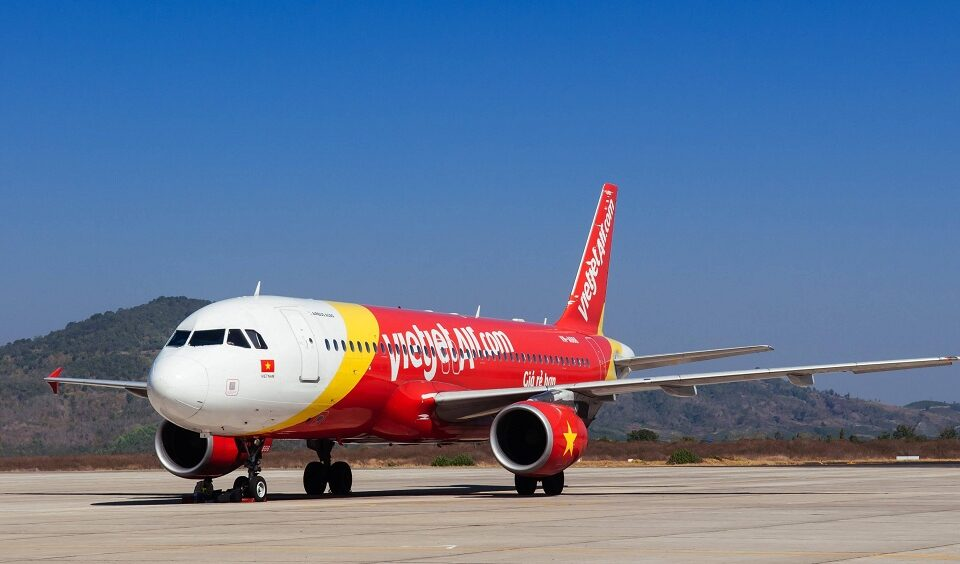 VietJet ends 2020 with positive financial results, CEO says