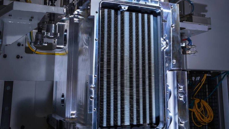 Liebherr and GM To Collaborate on Hydrogen Fuel Cells