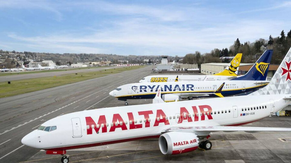 Ryanair CEO Sings Praises of Newly Delivered Max 8-200s