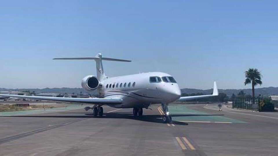 Van Nuys Airport Completes Second Taxiway Rehab