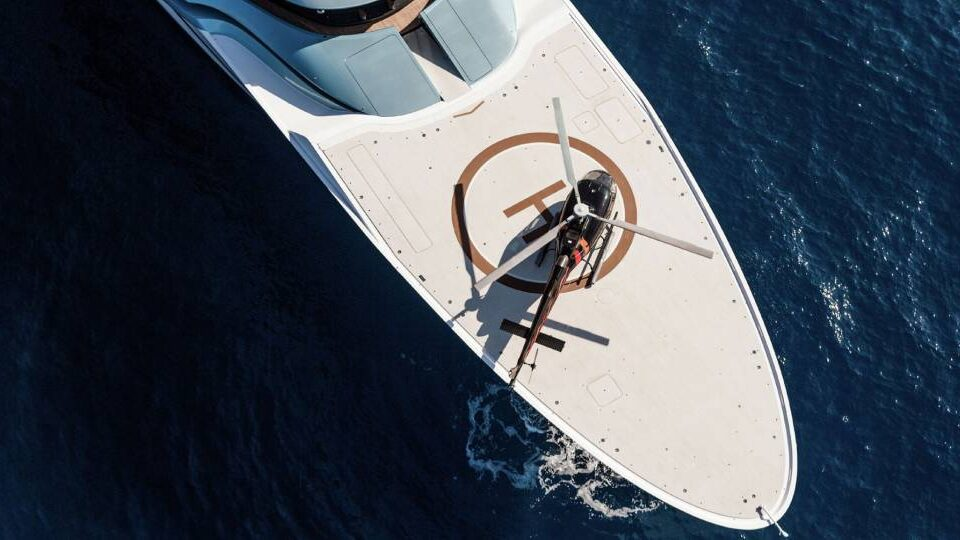 Heli Yachting Taking Your Airport with You