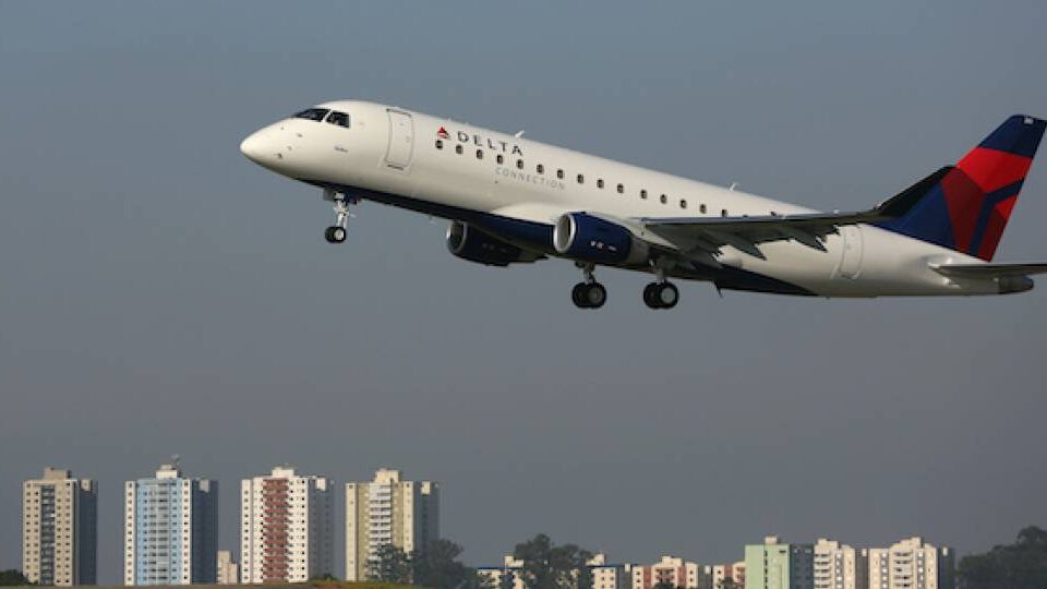 SkyWest Orders 16 More Embraer E175s
