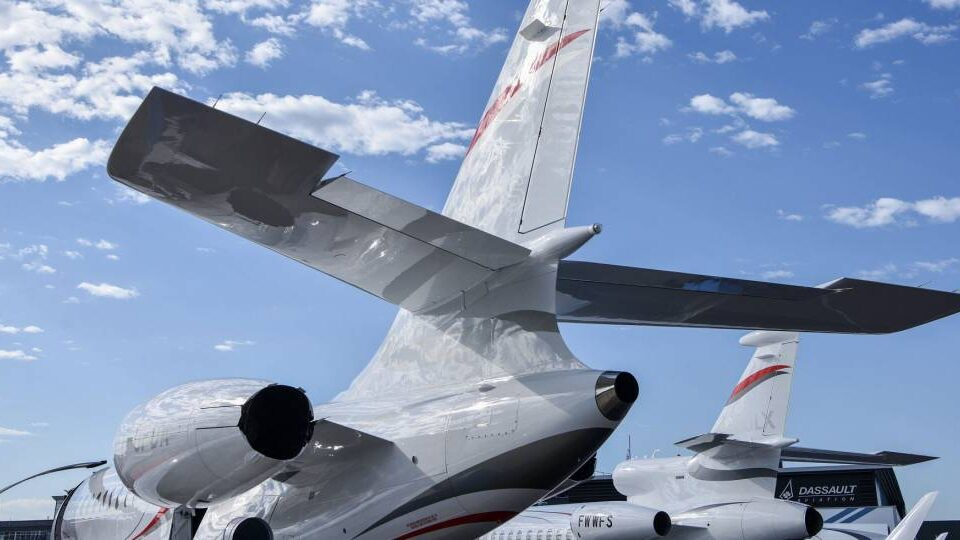 Falcon Jet Owner-operator Group Formed